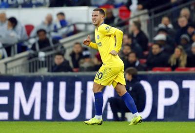 1st loss of season exposes Chelsea's frailties under Sarri