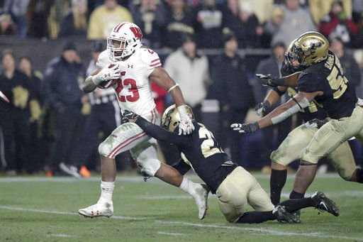 Badgers' Jonathan Taylor 3rd RB to go over 300 yards in 2018