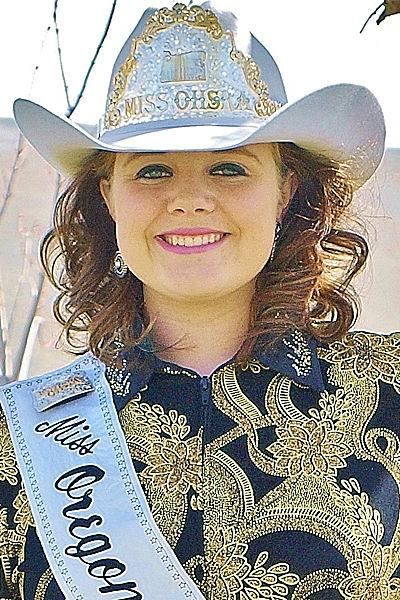Sandford looks to extend reign as high school rodeo queen