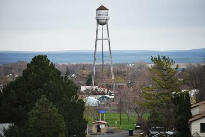 Stanfield water tower
