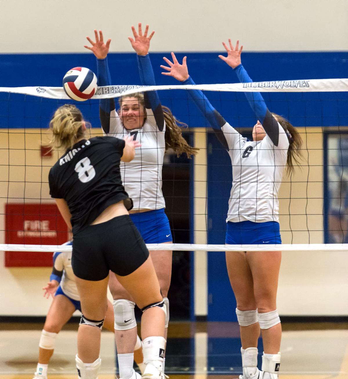 NWAC volleyball | Wenatchee Valley at Blue Mountain