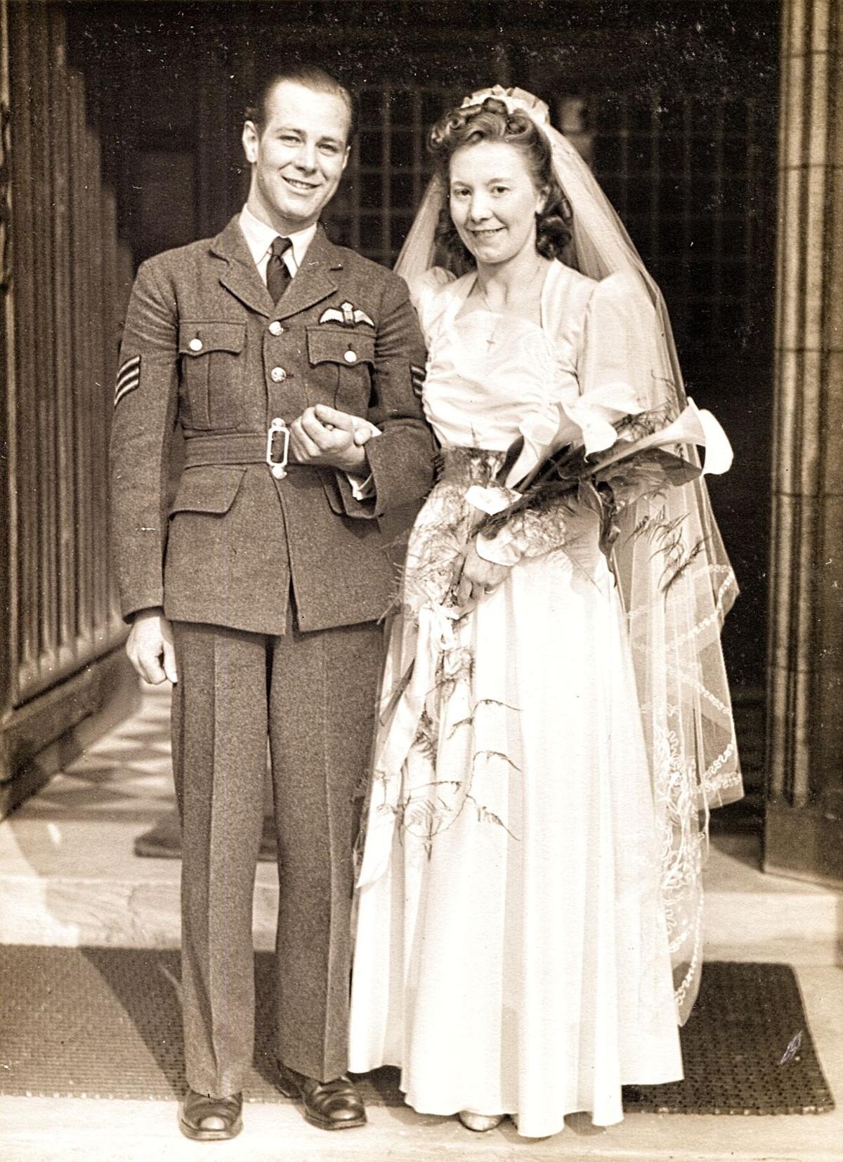 2RAF vet wedding for 110619.jpg