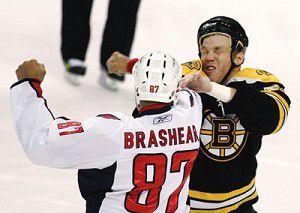 Sturm's power-play goal lifts Bruins over Capitals