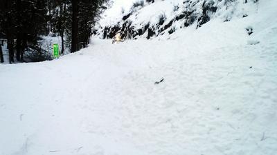 Small avalanche blocks Bingham Road