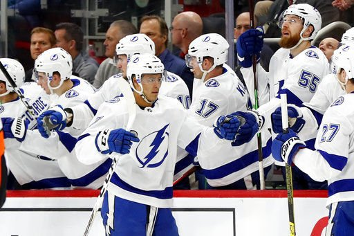 Lightning beat Red Wings 6-5 in shootout