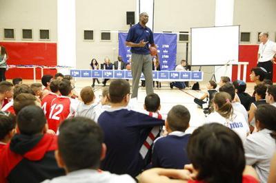 Ex-NBA star Dikembe Mutombo moved to tears in Jerusalem