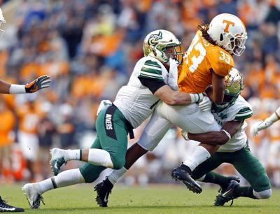 Tennessee struggling to establish any kind of rushing attack