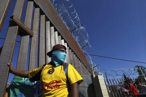 Border clash leaves caravan migrants dejected, worried