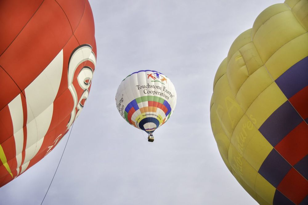 Balloonists find freedom in the sky
