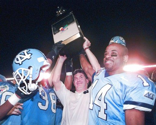 AP sources: UNC has agreement to bring back Brown as coach