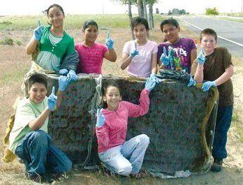 Windy River students help with city cleanup