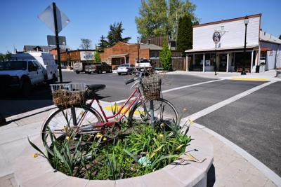 Life in Echo shows pros and cons of small town life