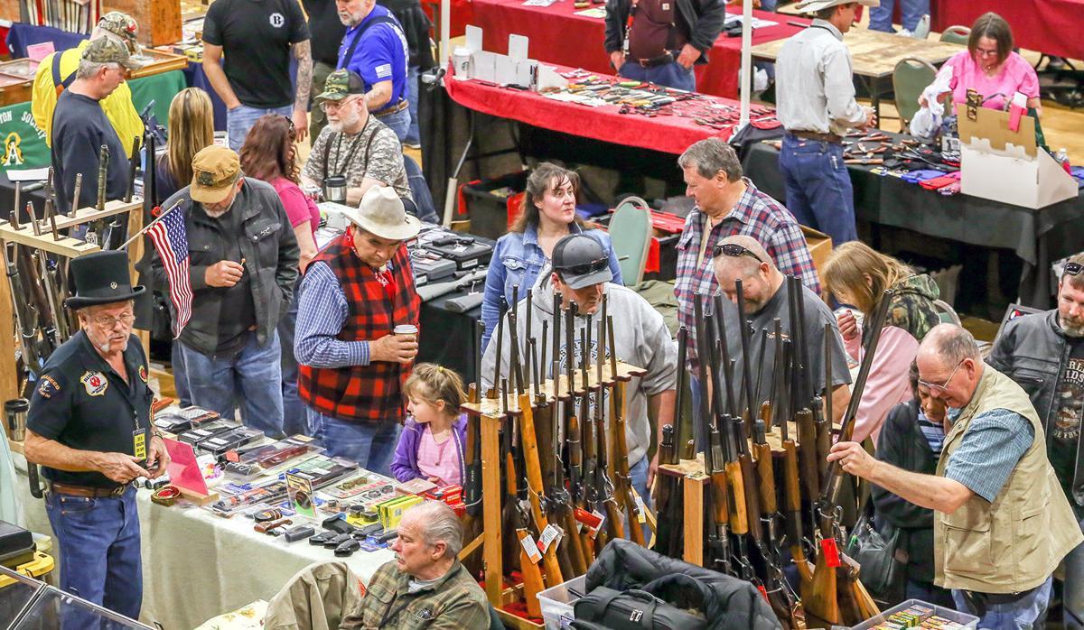 Eastern Oregon's largest gun show packs local benefits