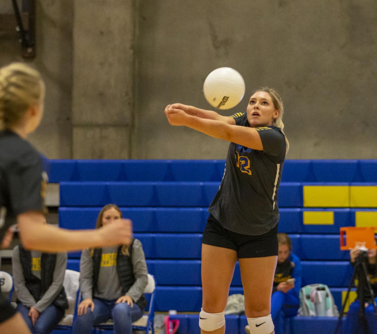 Stanfield v Heppner Volleyball