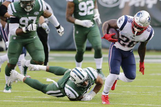 Gronk, Michel returning to form at right time for Patriots
