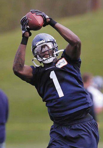 Seahawks gamble on wide receivers