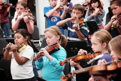 Young musicians tune up for Pendleton strings program