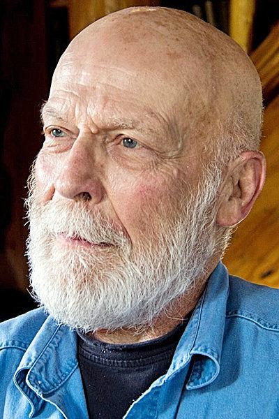 PENDLETON Longtime laborer shares poetry at writers' series