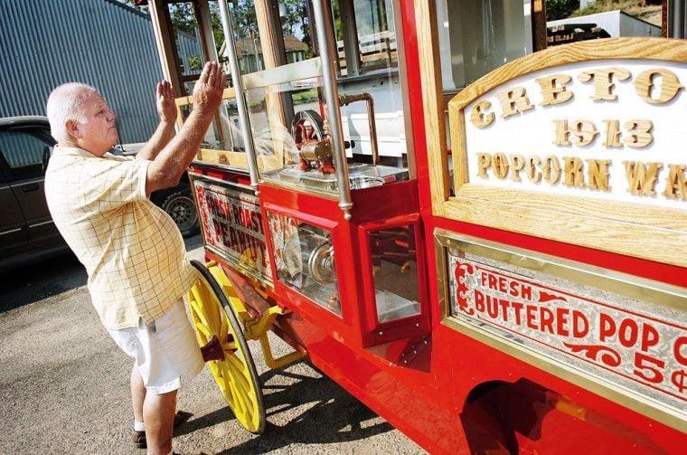 Echo man readies 1913 wagon for Westward Ho! Parade