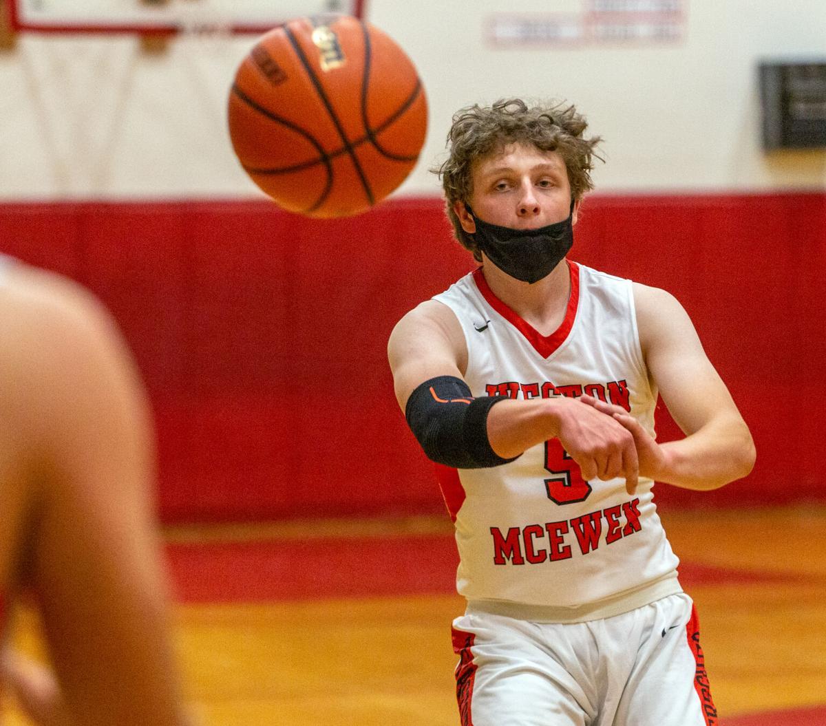 Weston-McEwen vs Mac-Hi boys basketball