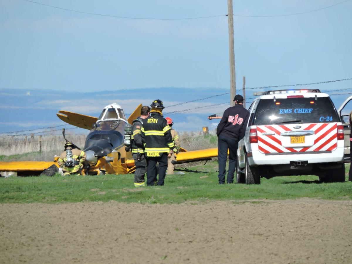 Crop duster plane crashes in Hermiston