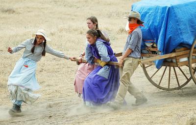 Church members take pioneer trek