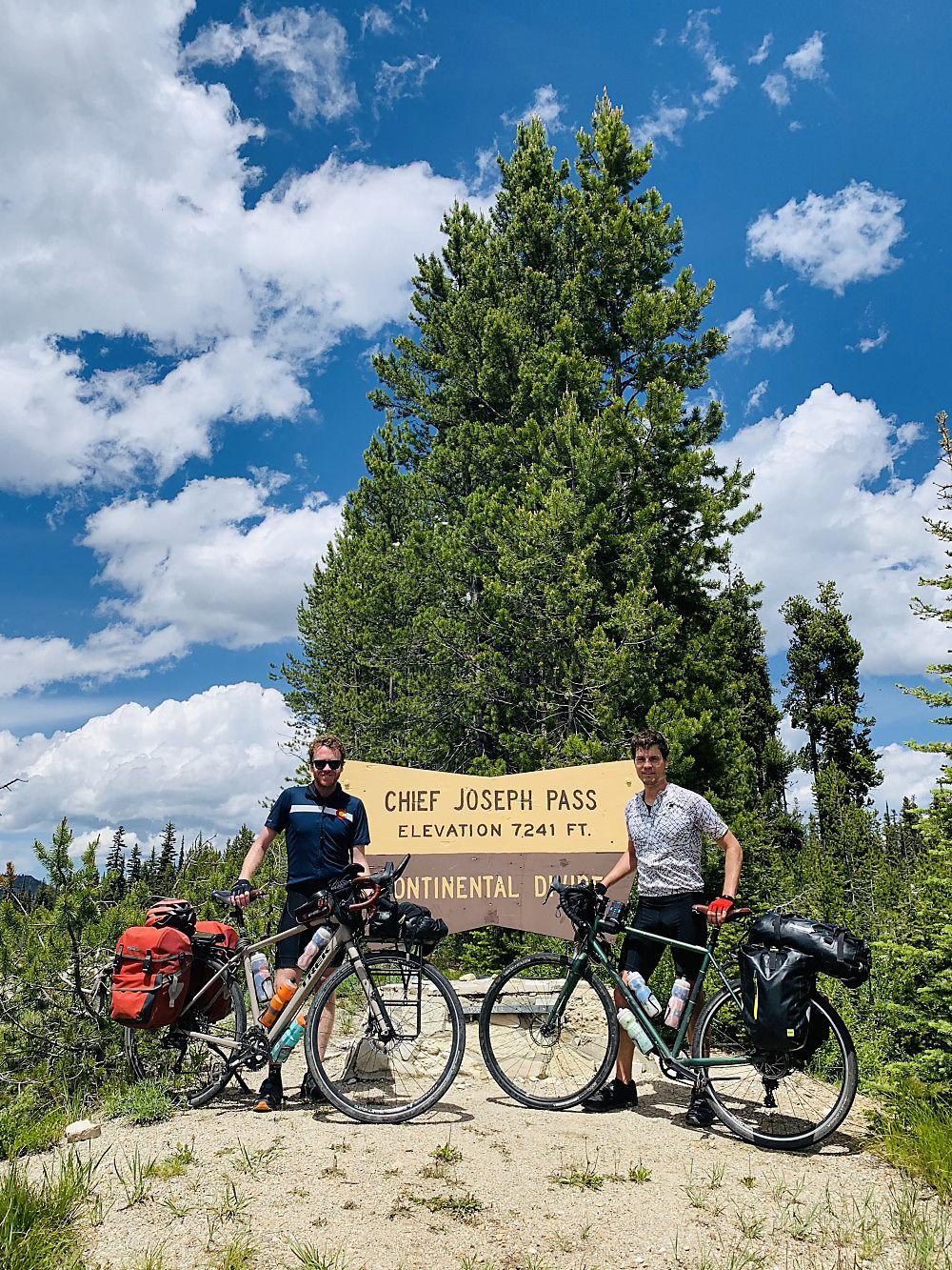 Barnes Bicycle (Continental Divide, Day 66).jpeg