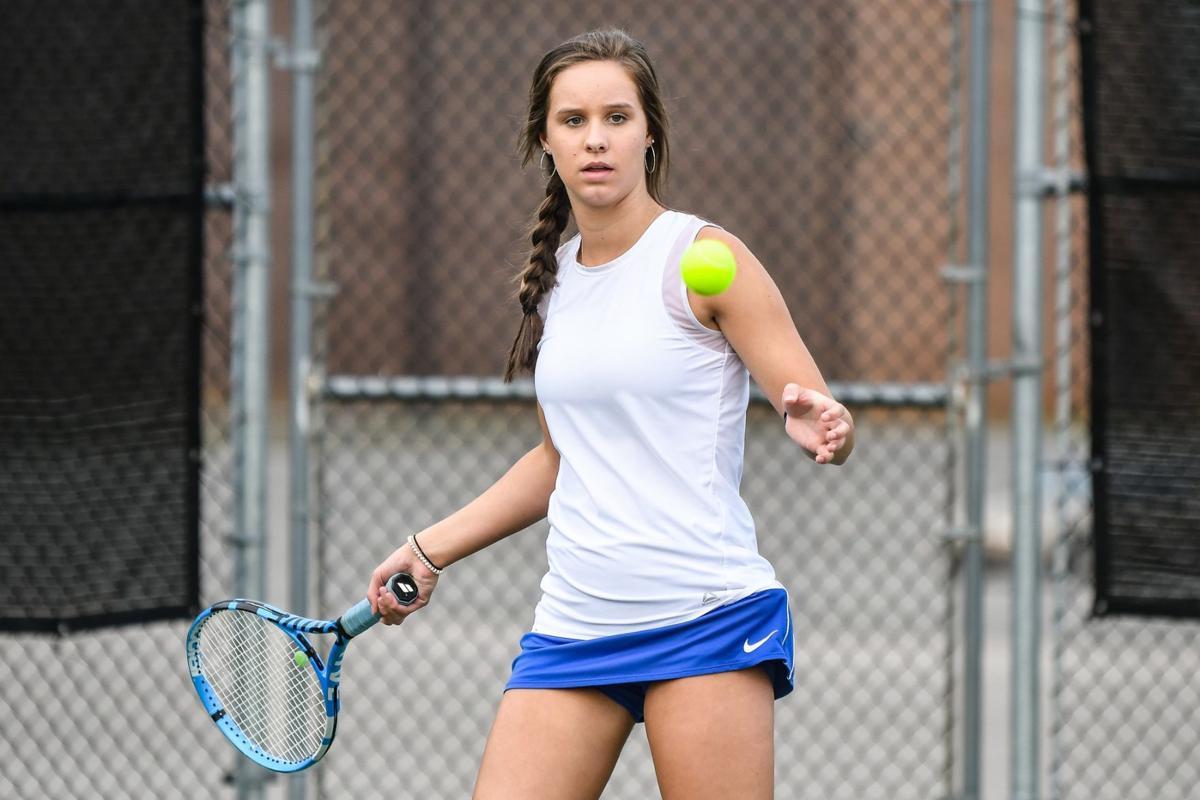 Z -- Lady Falcon Tennis (1).jpg