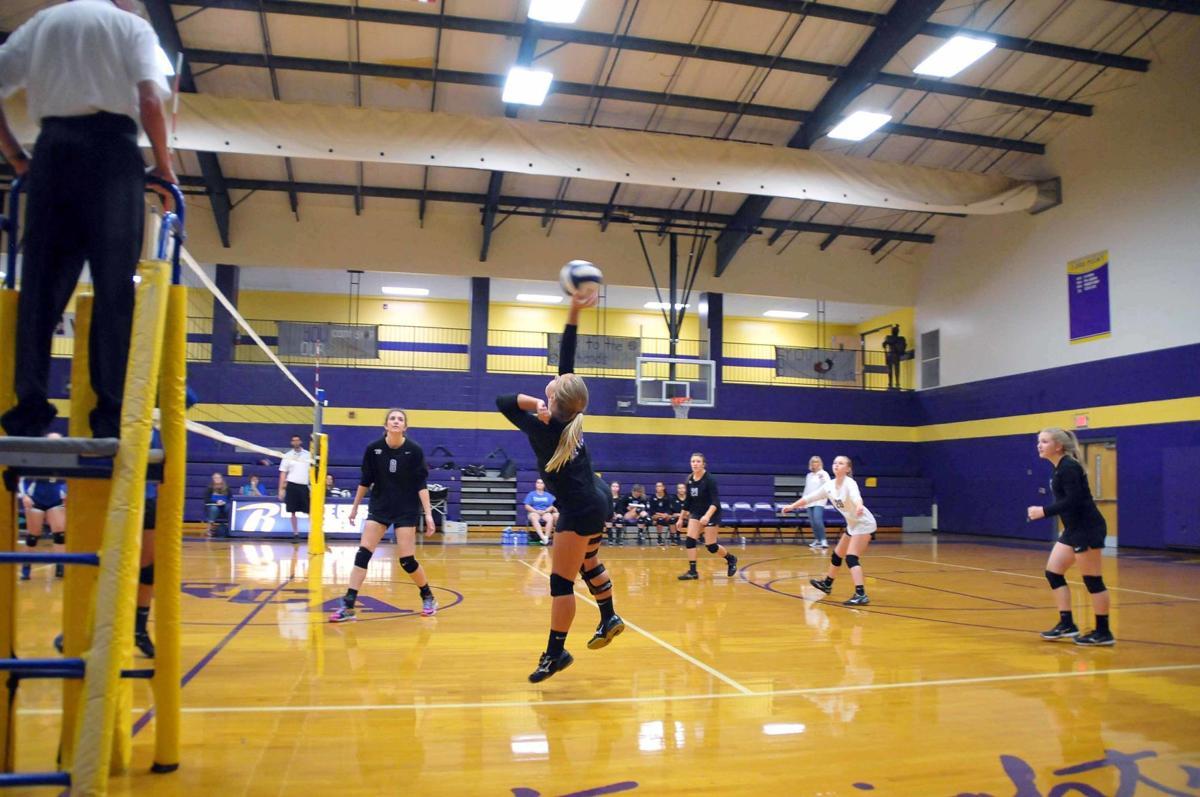 Z -- Lady Knights Volleyball (1).jpg