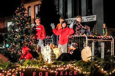 2021 Fayetteville Rotary Christmas Parade Christmas Parade Local News Elkvalleytimes Com