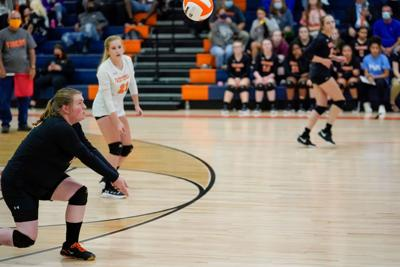 Lady Tigers defeat Cascade, lose to Mt Pleasant