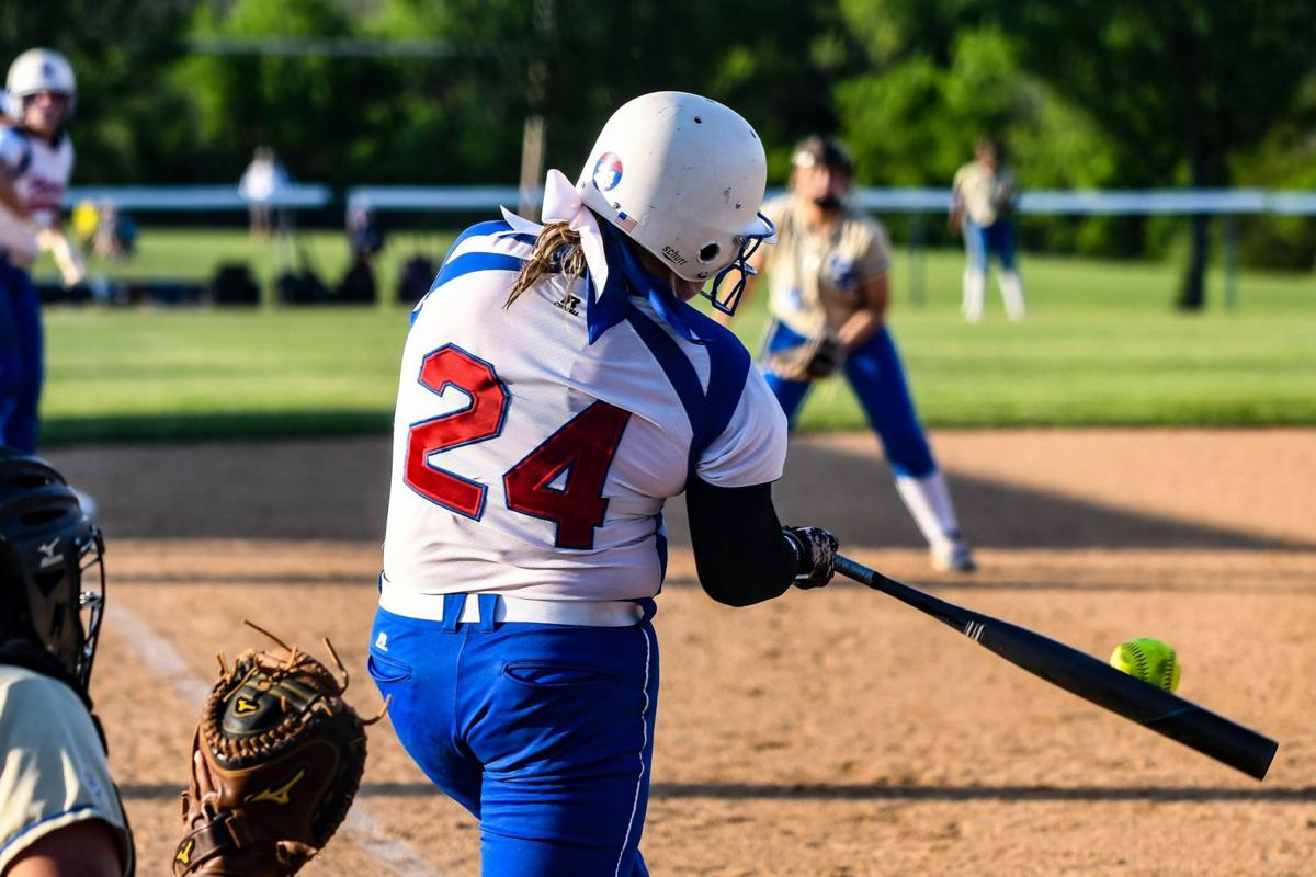 lady falcon softball - shelbyville.jpg
