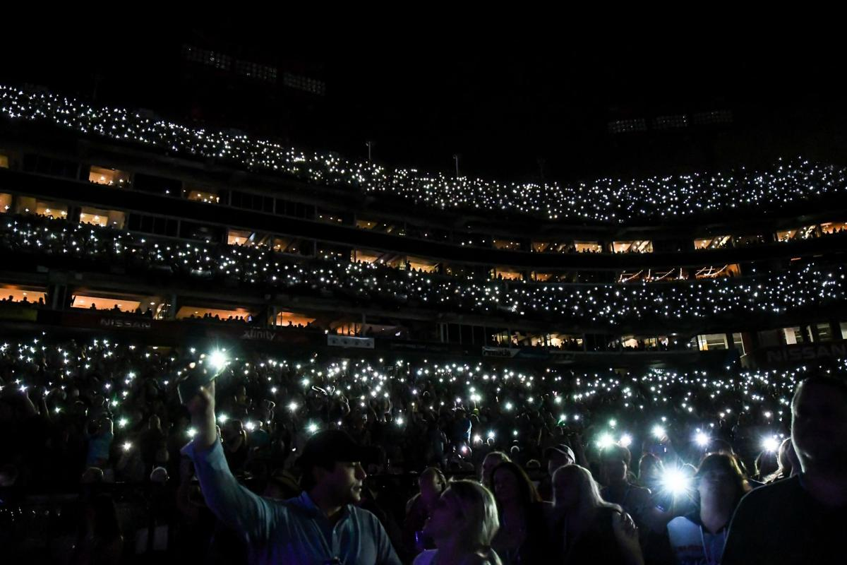 CMA Fest 2019 brings sold-out shows, capacity crowds | Arts