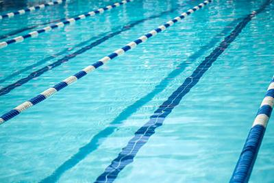 FMS, FHS swimmers fare well at meet
