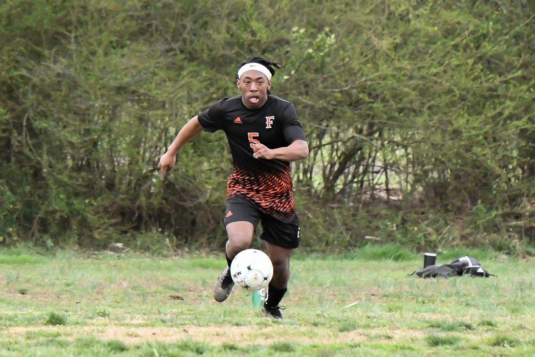 Z -- Tiger soccer (1).jpg