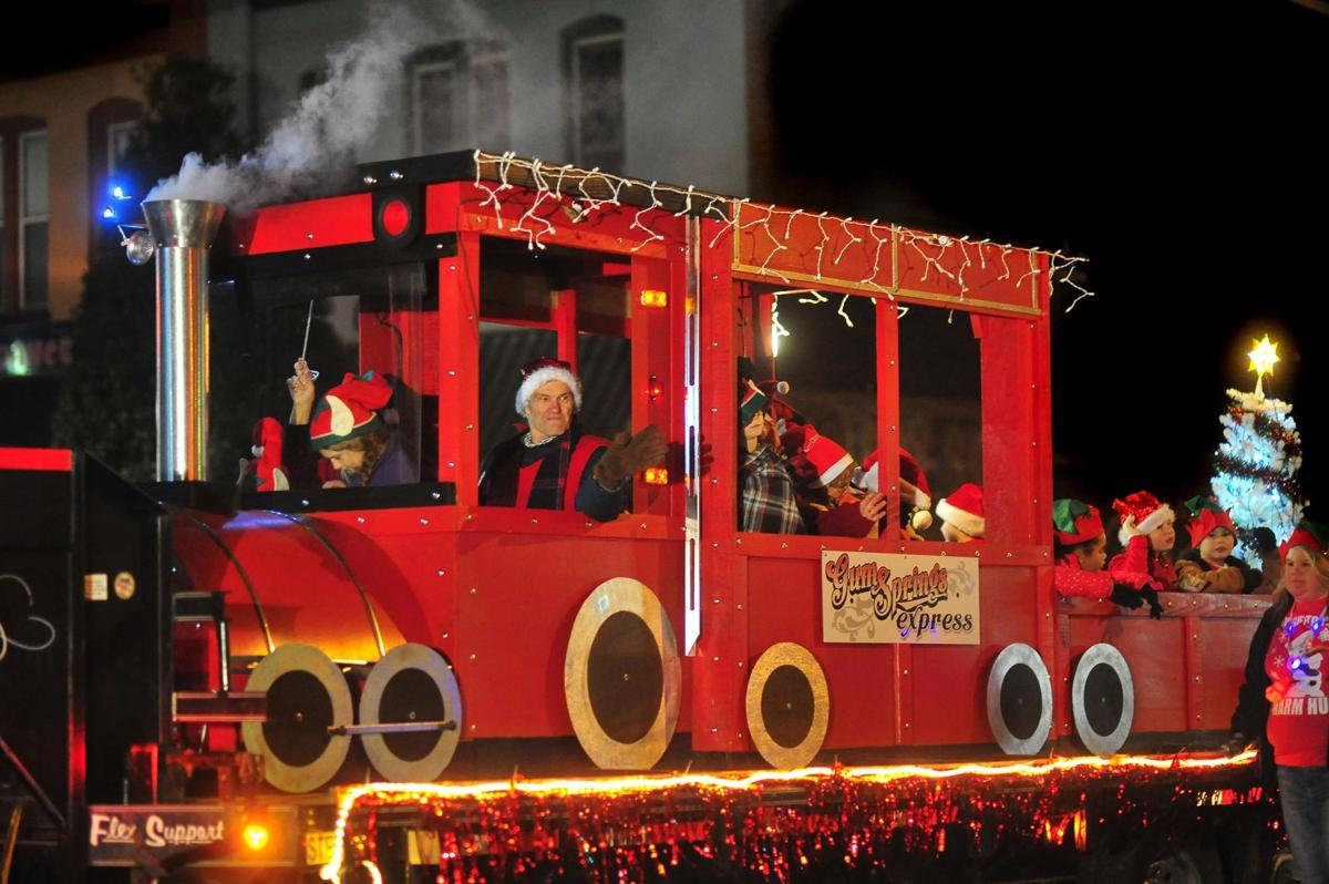 2021 Fayetteville Rotary Christmas Parade Fayetteville Christmas Parade Local News Elkvalleytimes Com
