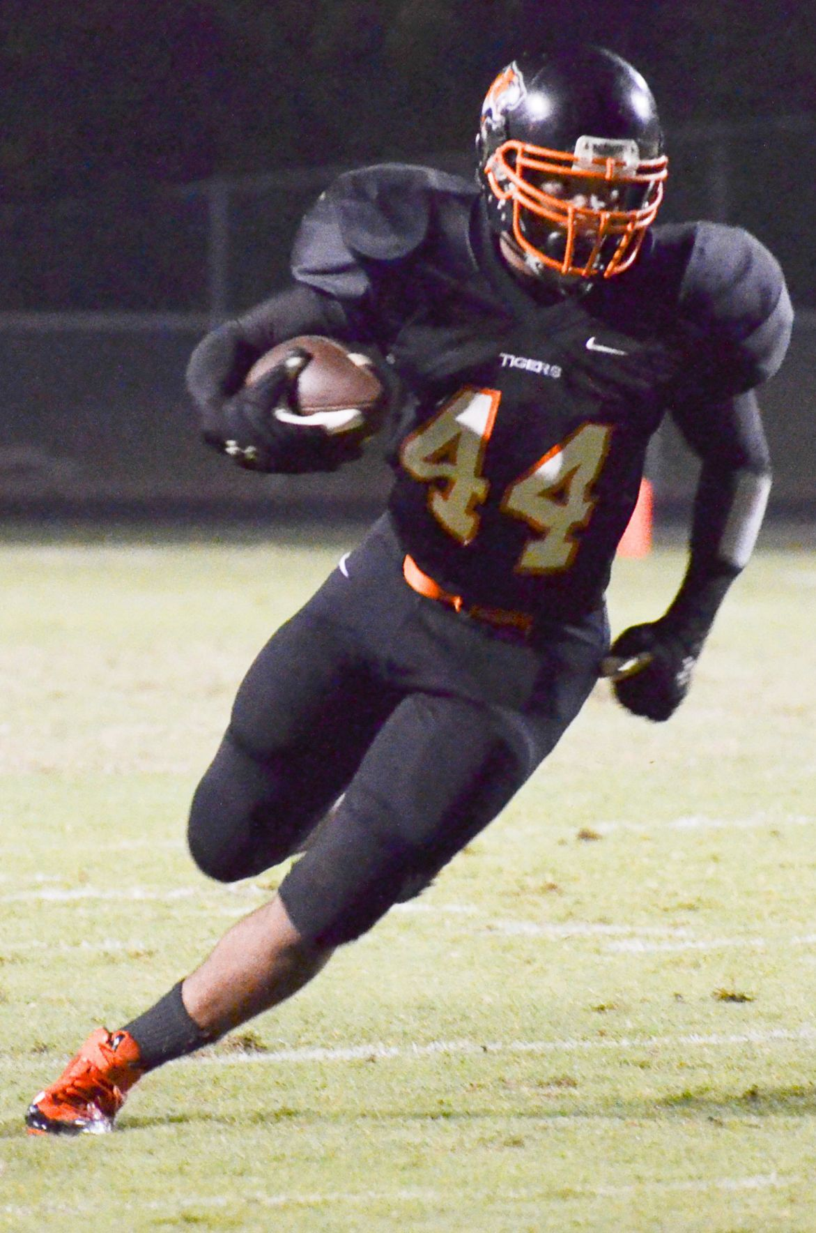 Tigers get homecoming win over Hornets