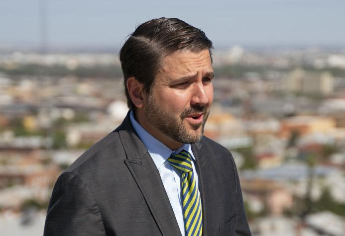 Carlos Martinez-Vela