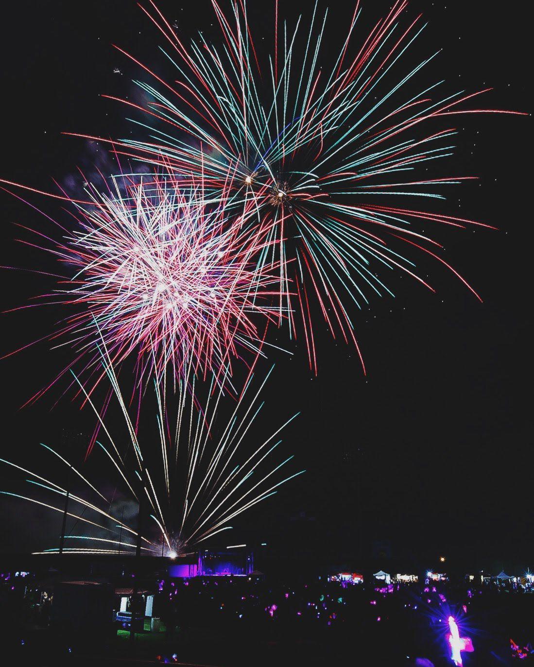fireworkscohenMUTS.jpg