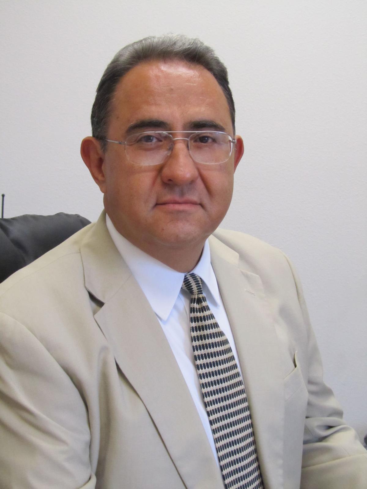 Dr. Fernando Gonzalez
