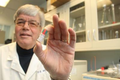 Dr. Donald Moss