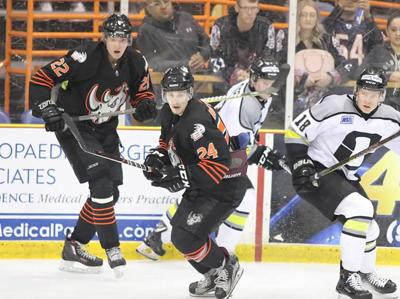 Rhinos Hockey Finding Its Stride Local Features Elpasoinc Com
