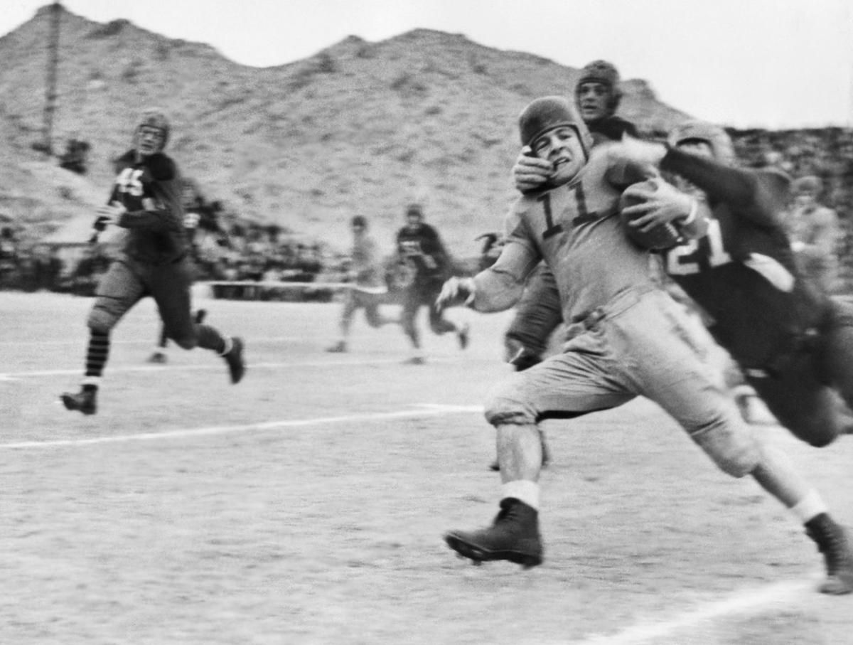Foootball  College  Game Sun Bowl 1937 Texas  vs W. Virginia
