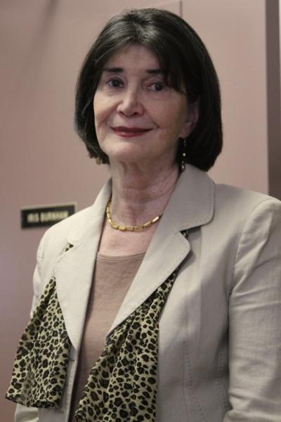 Iris Burnham