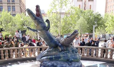 Best Public Art - Los Lagartos