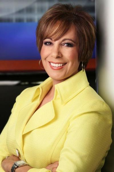 Best TV Newscaster - Estela Casas