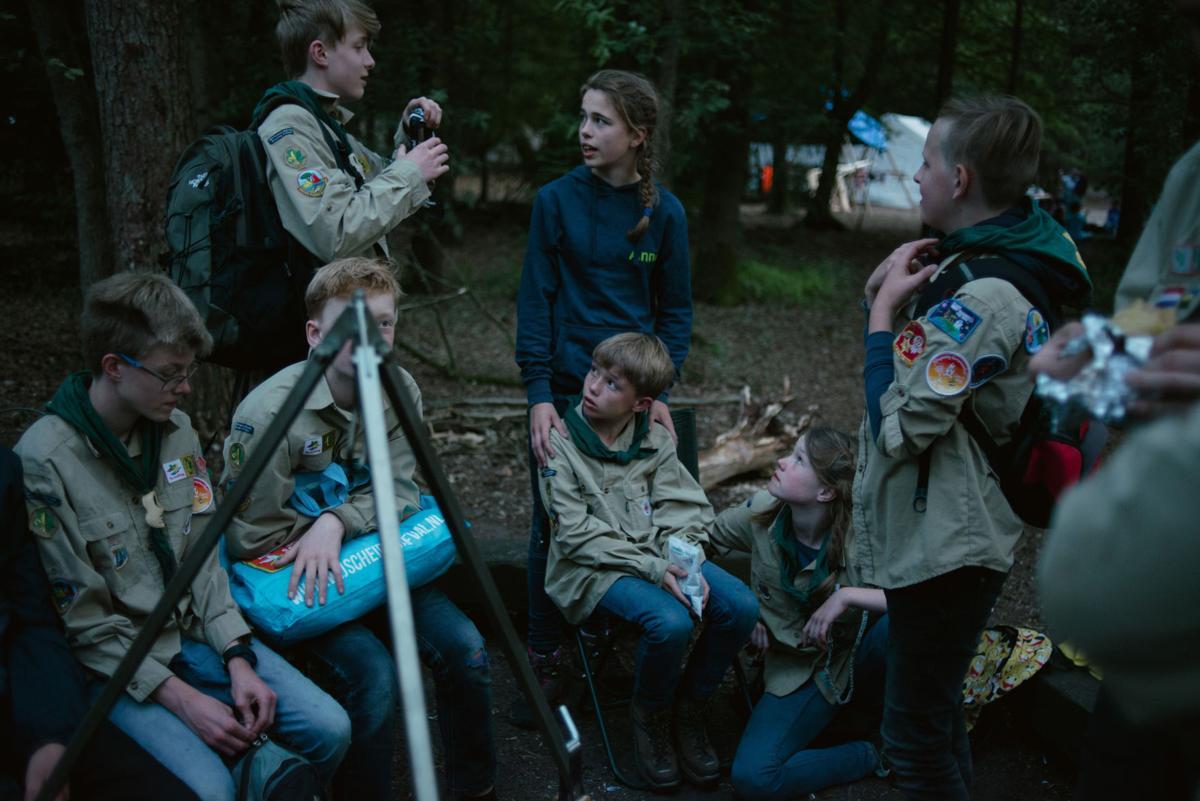 NETHERLANDS CHILDREN WOODS 5