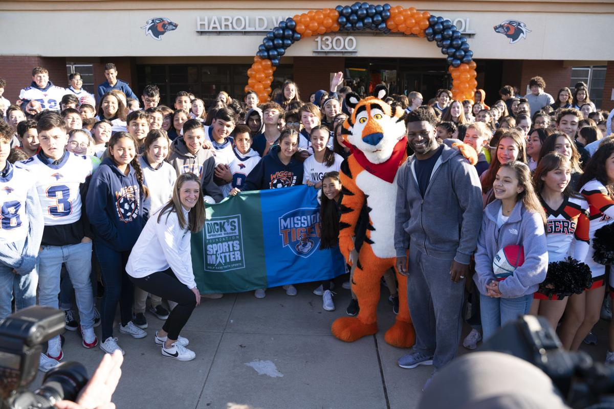 Frosted Flakes Mission Tiger El Paso Event
