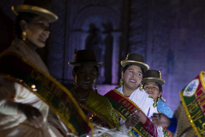 Concurso de Cholitas reivindica vestimenta e idioma2
