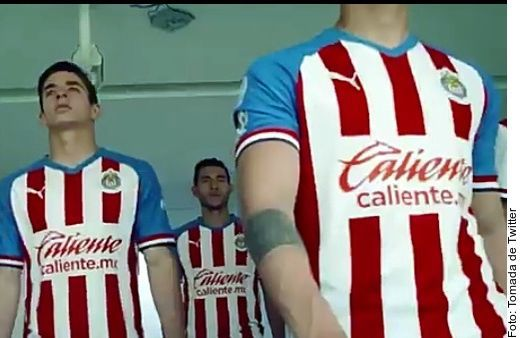 Playera de Chivas